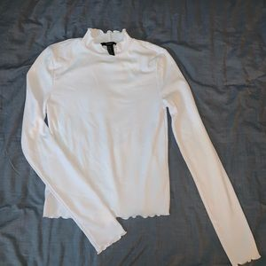 white fitted long sleeve t shirt